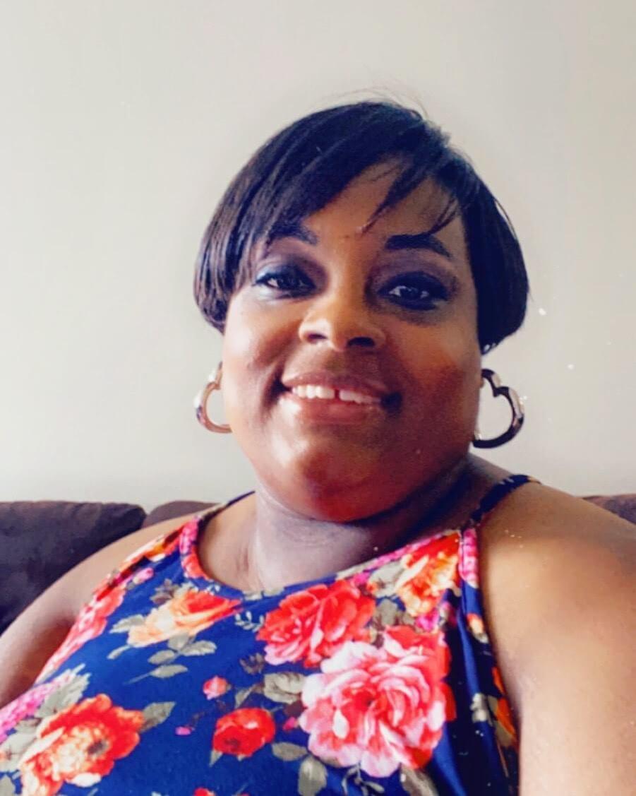 Kayla Hayes, Business Manager